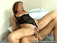 Hot mature cougar assbanged