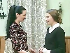 Good Dark-haired Girl Starts Behave Very Badly When She Feels Friend's Wet Twat []