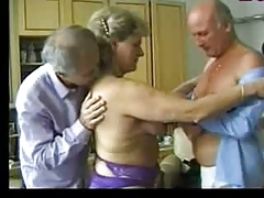 Granny entertains two old guys [21:0 min.]