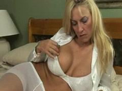 Teen seduces mature woman [45:10]