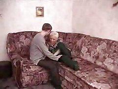 Lad fucks with hot mom [18:33]