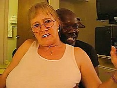 Amateur homemade granny and her big black cock [5:19 min.]