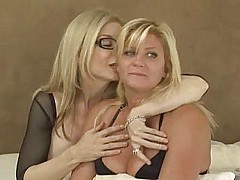lonely mature women making out...f70 [43:3 min.]