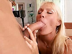 Caresse - hot mature gets an anal poking [21:31 min.]