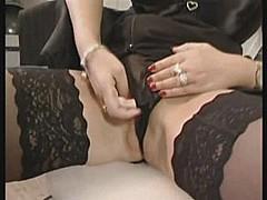 Horny british housewife [7:20 min.]