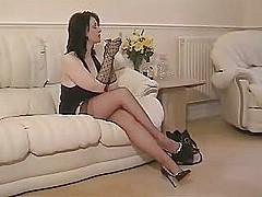 Nylon teasing [11:8 min.]