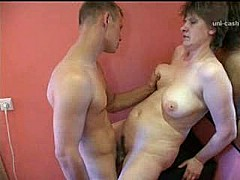 Horny russian housewife 4 [5:0 min.]